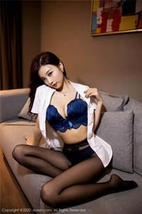 极品美女杨晨晨sugar大胸美臀内衣诱惑写真集 秀人网第2285期