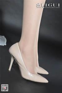美女少妇菲菲白丝美腿写真图片 Ligui丽柜NO.861