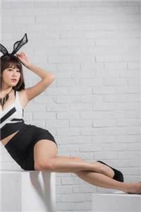 性感美女少妇高跟美腿翘臀诱惑高清写真图片