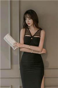 韩国美女开叉长裙高跟美腿私拍