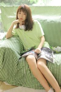 顶级少妇美女性感美腿沙发人体艺术c图片